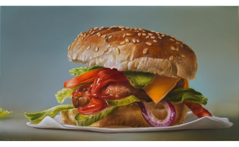 Hamburger with Red Onion, oil/linen