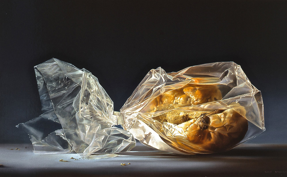 Krentenbollen in Plastic